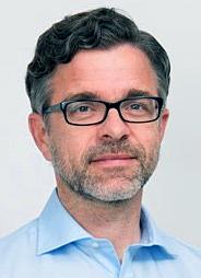 Christian Nau, Geschäftsführer CHECK24 Kredite, erklärt die Vorteile einer Dispo-Ablöse.