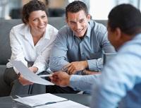 Beratungsgespraech mit Kunden