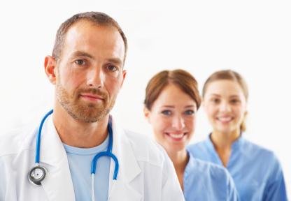 Arzt mit Krankenschwestern