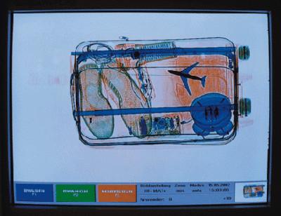 Durchleuchtungsgerät am Flughafen Düsseldorf