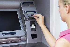 Geldautomat Zieht Karte Ein