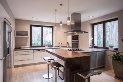 eiche rustikal ade: mit wenig geld zur neuen traumküche | check24 - Traum Küche