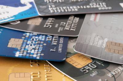 Mit Fake Kreditkarte Bezahlen