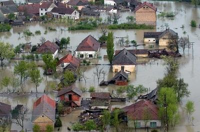 überschwemmte Häuser