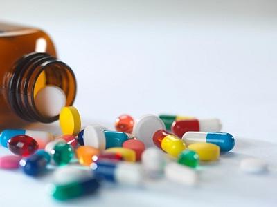 Flasche mit Tabletten