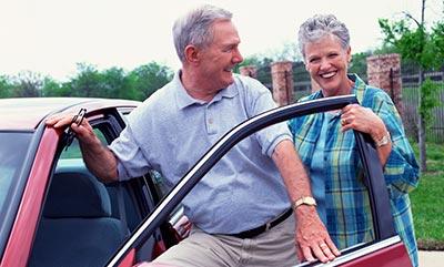 klarer trend senioren kaufen bevorzugt neuwagen. Black Bedroom Furniture Sets. Home Design Ideas