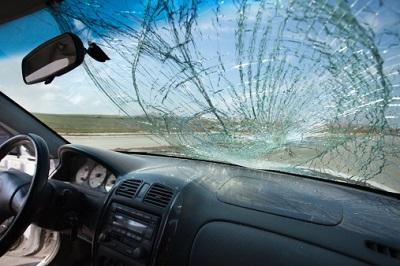 Autoscheibe Kaputt Glasbruch Deckt Die Teilkasko