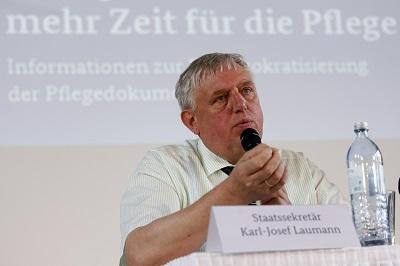 Staatssekretär Karl Josef Laumann (Fotograf: Holger Groß)