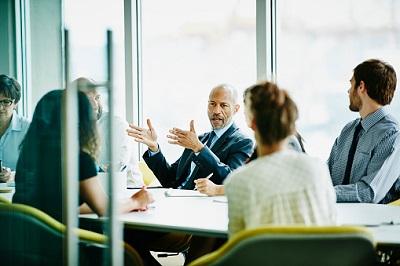 Gruppe Menschen beim Meeting