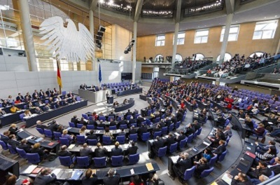 Sitzung des Bundestags vom 13. März 2014 (Copyright: Deutscher Bundestag / Thomas Trutschel / photothek.net)