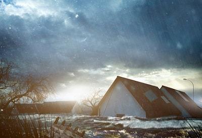 Ein Haus wird überflutet