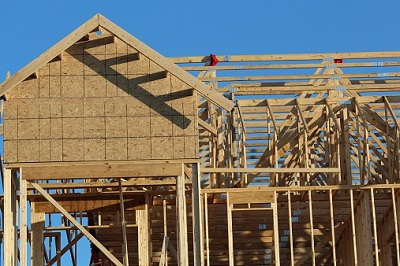 Holzgerüst beim Hausbau