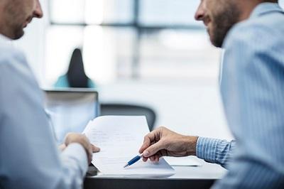 Ein Versicherer muss im Antragsformular deutlich auf die Folgen einer Anzeigepflichtverletzung hinweisen.