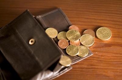 Geldbörse mit Euro-Münzen
