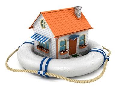 Haus in Schrägansicht im Rettungsreifen