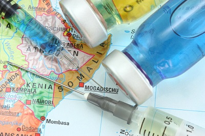 Impfstoffe vor Karte von Afrika
