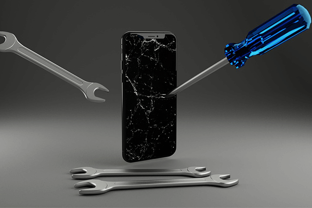 iPhone 11 mit Displayschaden
