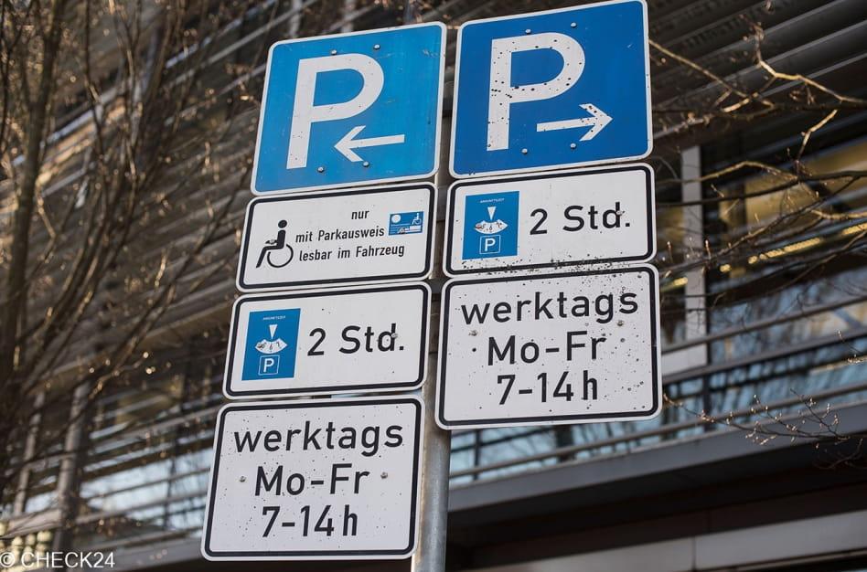 Privatparkplatz - diese Regeln gelten | CHECK24 Automagazin